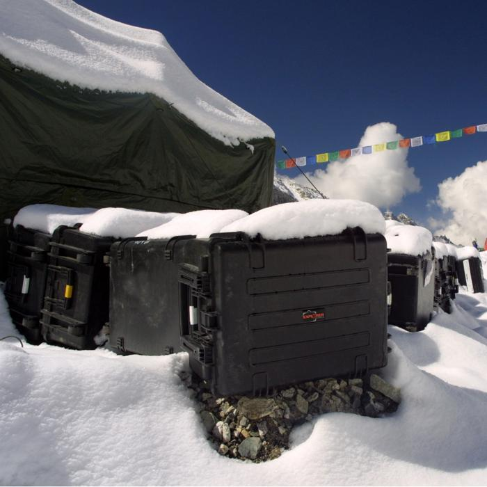 EXPLORER_5833_COLD_WEATHER_CASE