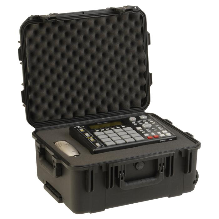 SKB_3I-1914-8_PELICAN_STYLE_MILITARY_CARRY_CASE