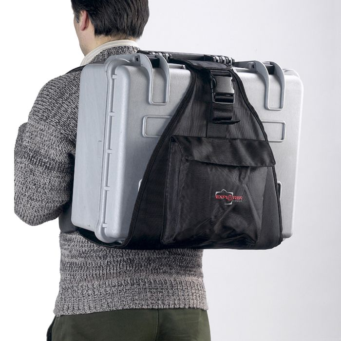 EXPLORER_BACKPACK-L_HARD_CARRY_CASE_WEARING