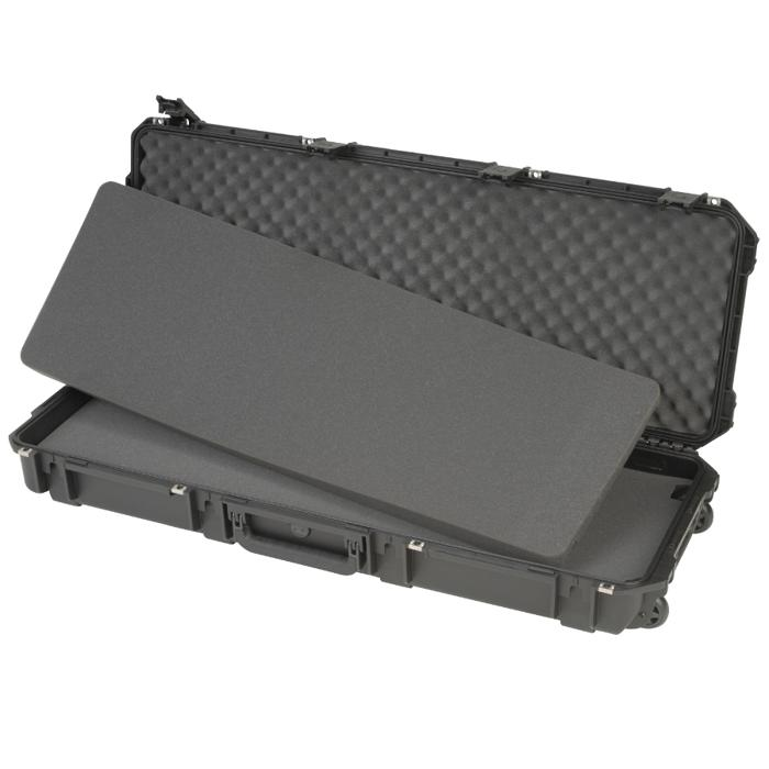 SKB_3I-4214-5_MOLDED_PELICAN_RIFLE_CASE