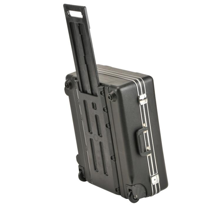 SKB_3SKB-2218MR_KEYED_PLASTIC_WHEELED_CASE