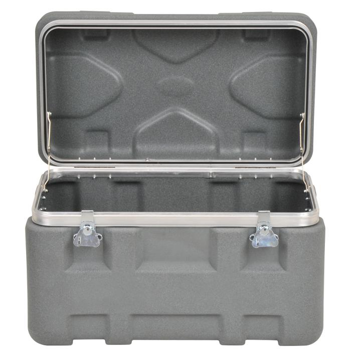 SKB_3SKB-X2513-16_DURABLE_PLASTIC_SHIPPING_CASE